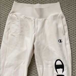 BRAND NEW never worn champion sweatpant joggers